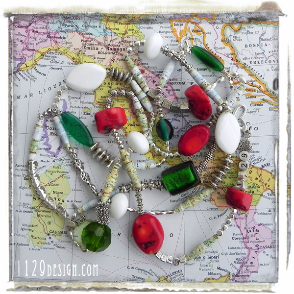 ITALIA150-collana-altered-art-cartina-geografica-tricolore-150-anniversario-unita-italia-necklace 150cm