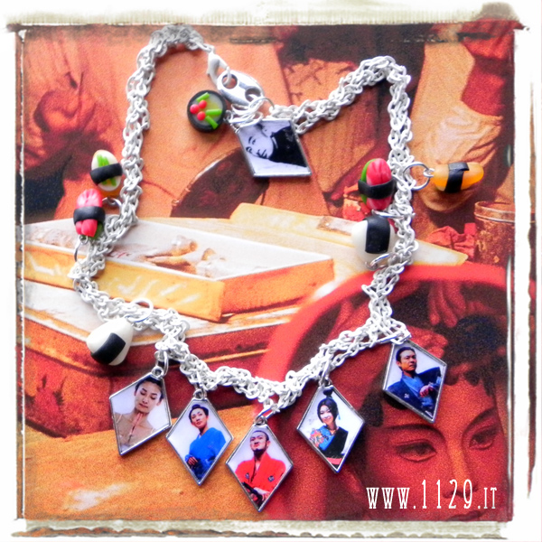 Junichi Takahashi japanese portraits collana altered art necklace modern japan 1129design